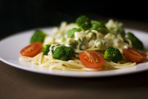 One-pot Cheesy Pesto and Vegetable Pasta